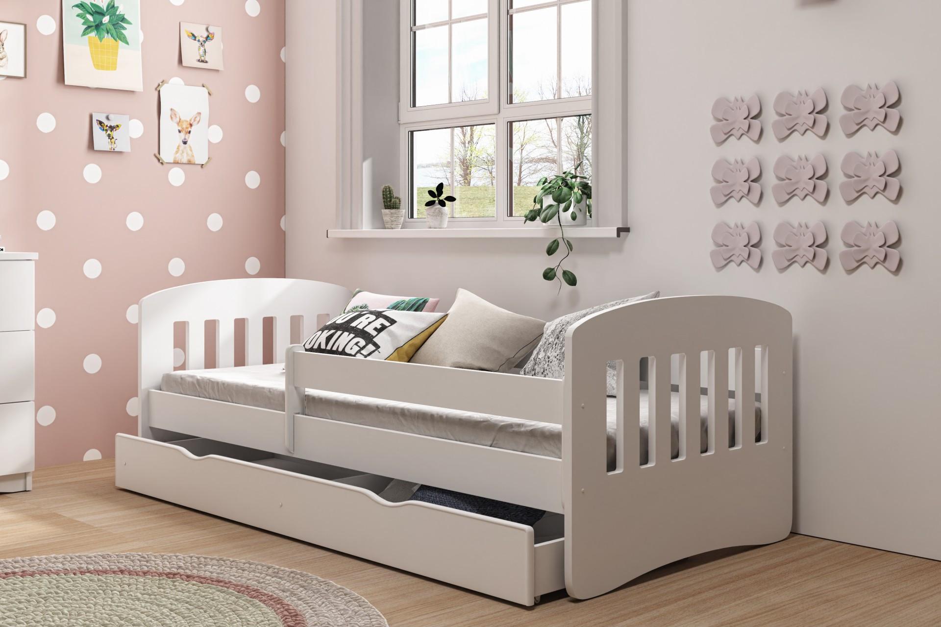 Łóżko dla dziewczynki białe