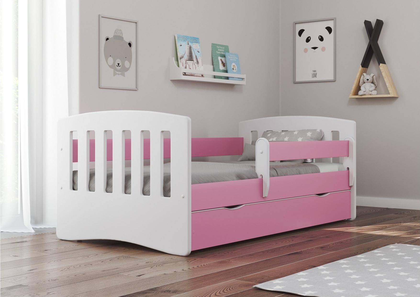 Różowe łóżko dla dziewczynki