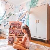 Dzień dobry! 💕 Jaki to piękny widok, prawda? 😌 Nasi najważniejsi klienci, którzy cieszą się meblami #kocotkids - tak bardzo nas to cieszy! 😍 Przedstawiamy księżniczkową aranżację pokoju @sabi_livi którą dopełnia nasza szafa z kolekcji Kubi. ✨ Kubi to jedna z najczęściej wybieranych przez Was seria 💁♀️ nic dziwnego - my też ją uwielbiamy! 😊_____________________________________ #mebledziecięce #mebledladzieci #aranżacjapokoju #aranżacjapokojudziecka #inspiracjewnetrz #inspiracjepokojudzieciecego #pokojdziewczynki #dziewczecypokoj #szafa #szafadziecieca #szafadladziewczynki #szafadladzieci #nasiklienci #kidsroom #kidsroomdecor #meble2021 #furniture #kidsfurniture2021 #polandcompany #polskafirma